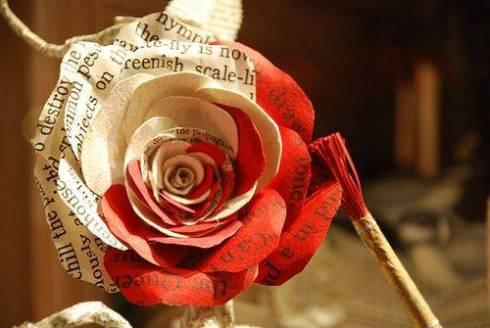 O que esperar num lugar que se pintam rosas para agradar a Rainha?